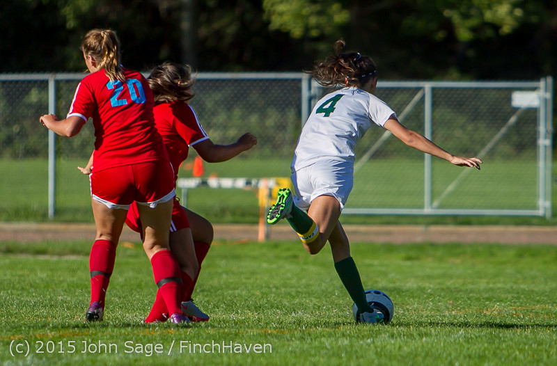 2070 Girls Soccer v Chief-Sealth 090915