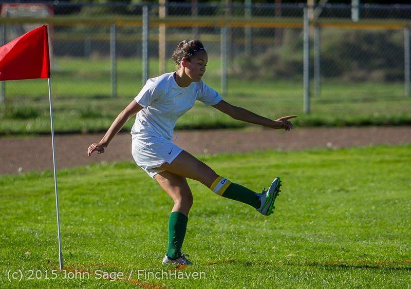 2132 Girls Soccer v Chief-Sealth 090915