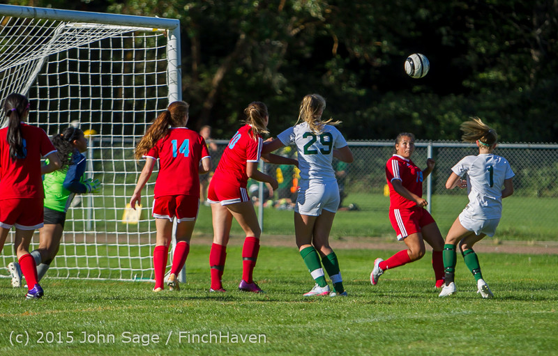 2138 Girls Soccer v Chief-Sealth 090915