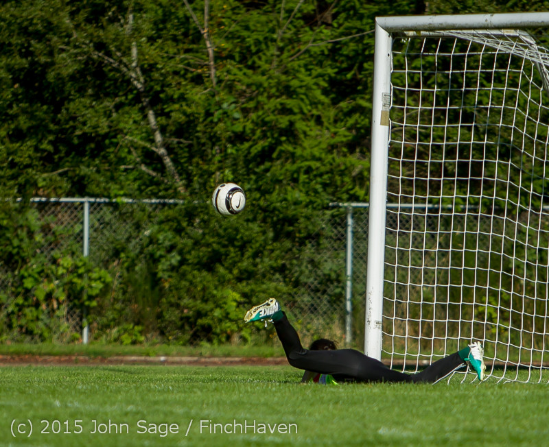 2268 Girls Soccer v Chief-Sealth 090915