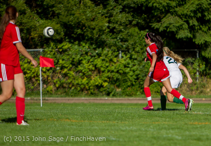 2289 Girls Soccer v Chief-Sealth 090915