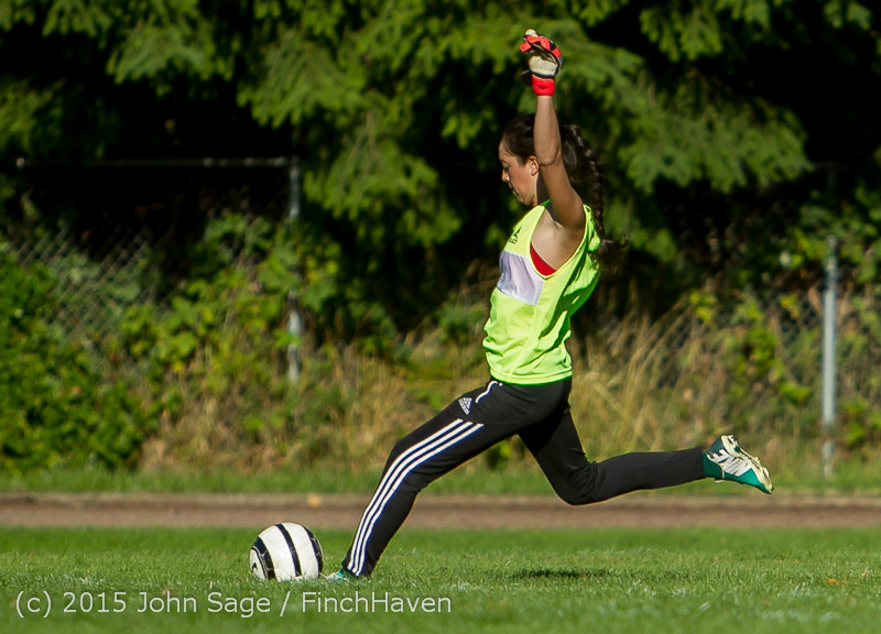 2300_Girls_Soccer_v_Chief-Sealth_090915