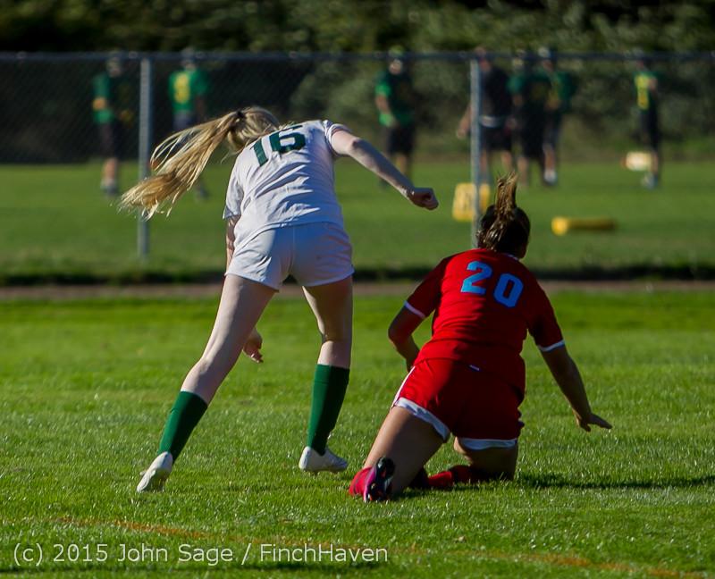 2374 Girls Soccer v Chief-Sealth 090915