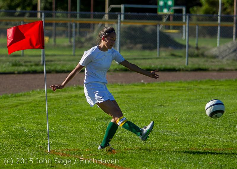 2493 Girls Soccer v Chief-Sealth 090915