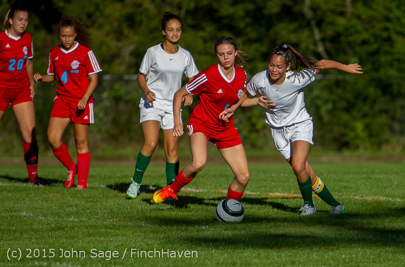 2551 Girls Soccer v Chief-Sealth 090915