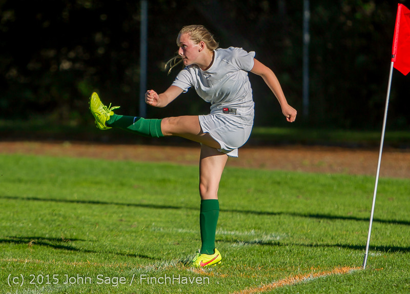 2687 Girls Soccer v Chief-Sealth 090915