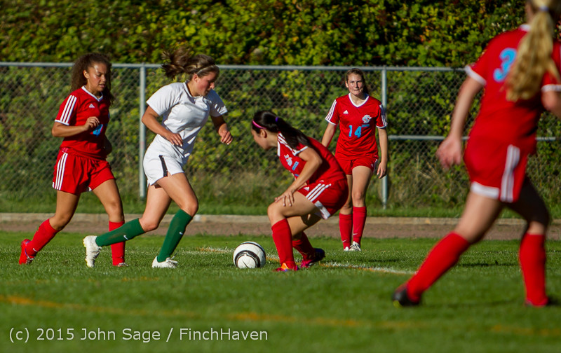 2701 Girls Soccer v Chief-Sealth 090915