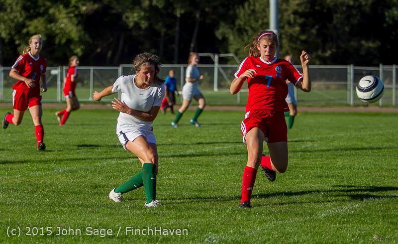 2848 Girls Soccer v Chief-Sealth 090915
