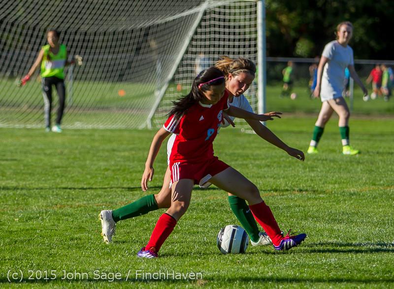 2899 Girls Soccer v Chief-Sealth 090915