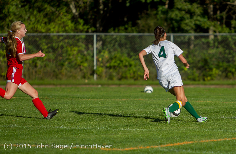 2904 Girls Soccer v Chief-Sealth 090915
