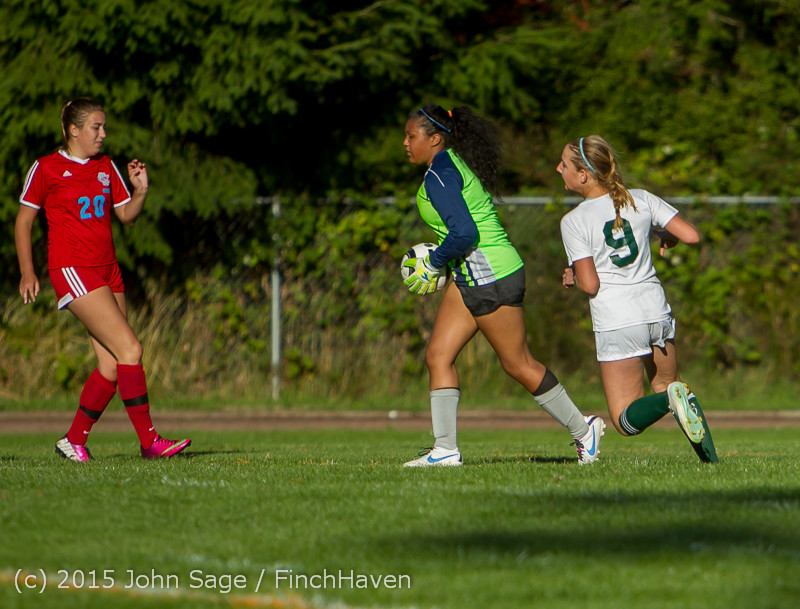 2995 Girls Soccer v Chief-Sealth 090915