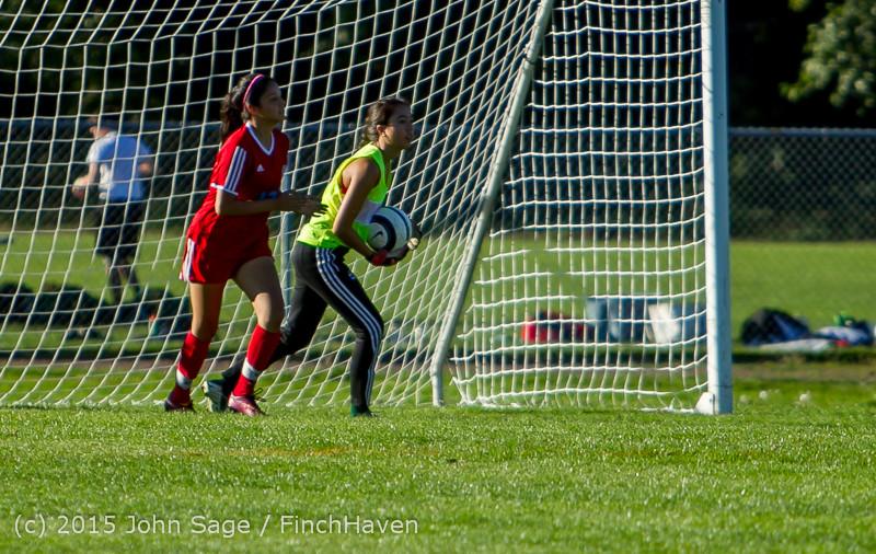 3082 Girls Soccer v Chief-Sealth 090915
