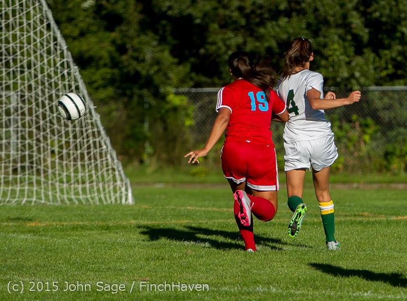 3135 Girls Soccer v Chief-Sealth 090915