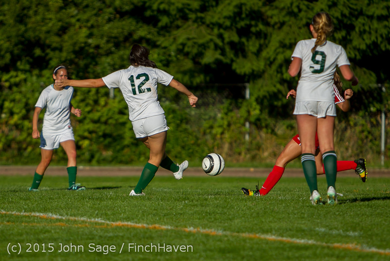 3290 Girls Soccer v Chief-Sealth 090915