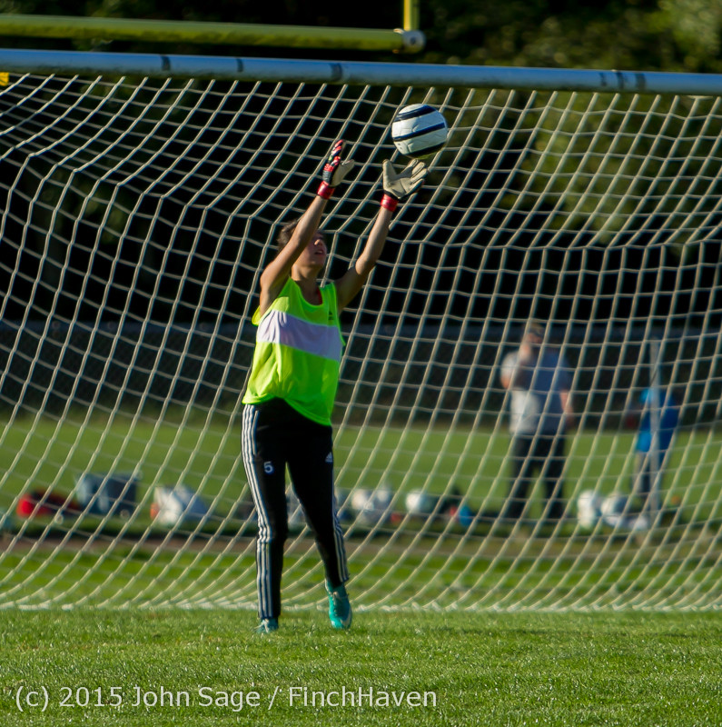 3370_Girls_Soccer_v_Chief-Sealth_090915