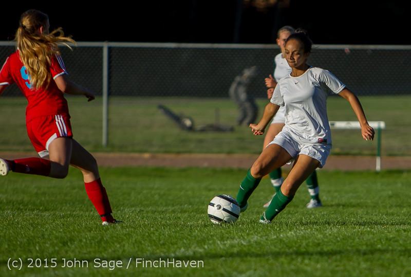 3496 Girls Soccer v Chief-Sealth 090915