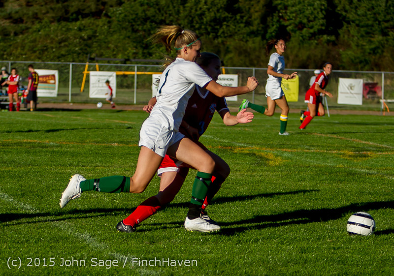 3573 Girls Soccer v Chief-Sealth 090915