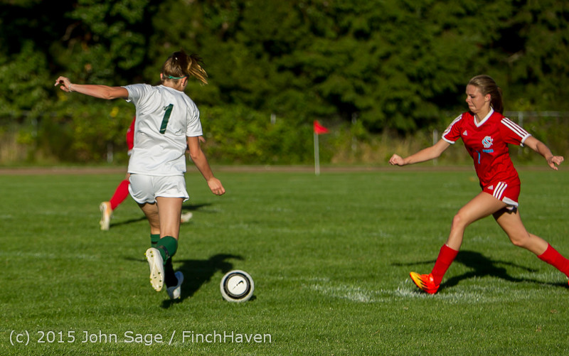 3584 Girls Soccer v Chief-Sealth 090915