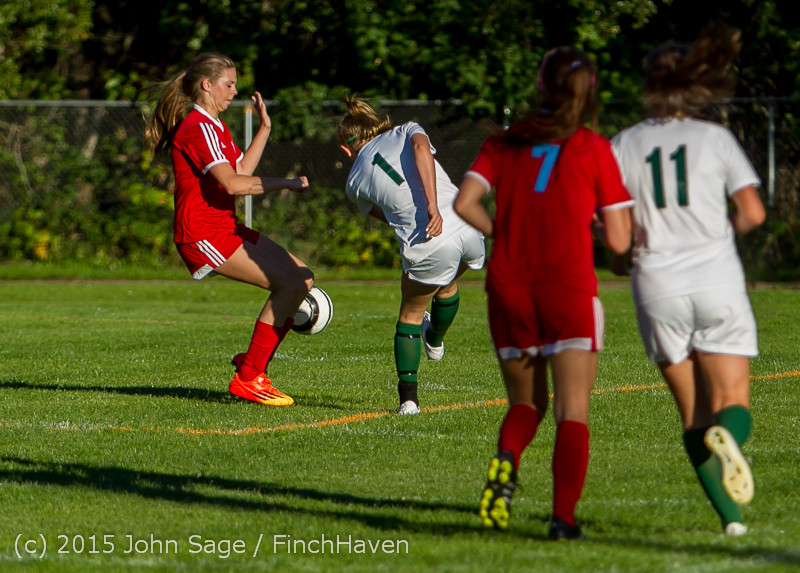 3617 Girls Soccer v Chief-Sealth 090915