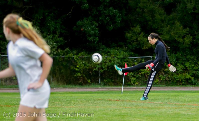21583 Girls Soccer v Hazen 091615