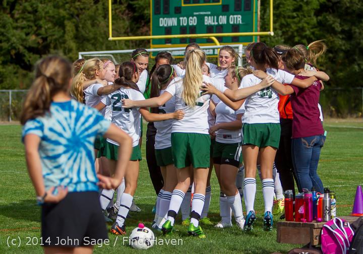 1204 Girls Varsity Soccer v Chief-Sealth 092214