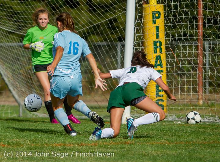 1413 Girls Varsity Soccer v Chief-Sealth 092214