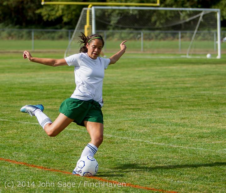 1606 Girls Varsity Soccer v Chief-Sealth 092214