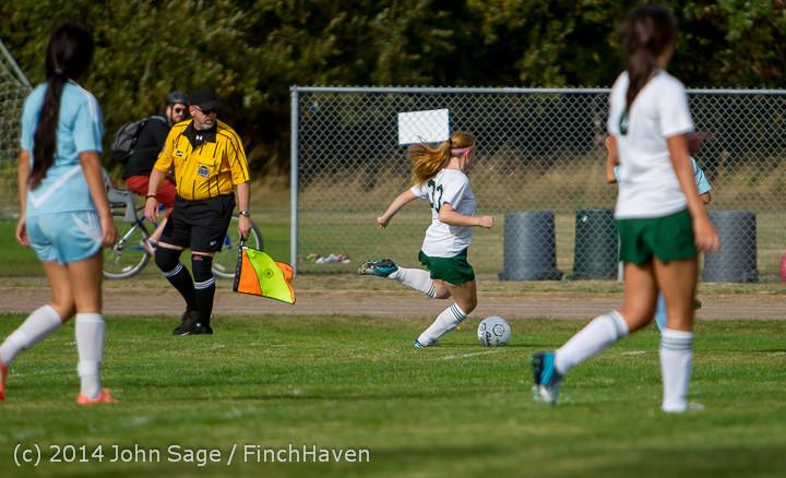 1660 Girls Varsity Soccer v Chief-Sealth 092214