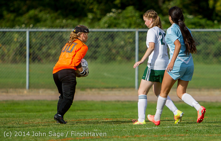 1667 Girls Varsity Soccer v Chief-Sealth 092214