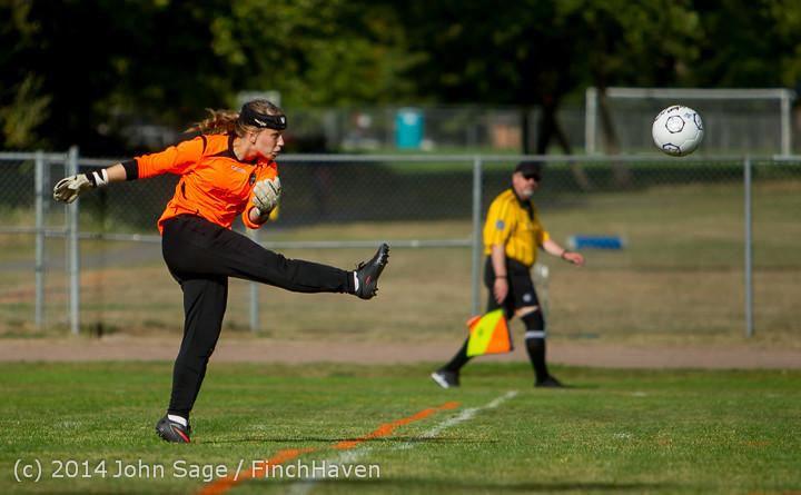 1686 Girls Varsity Soccer v Chief-Sealth 092214