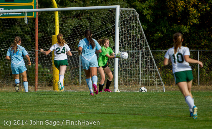 1811 Girls Varsity Soccer v Chief-Sealth 092214