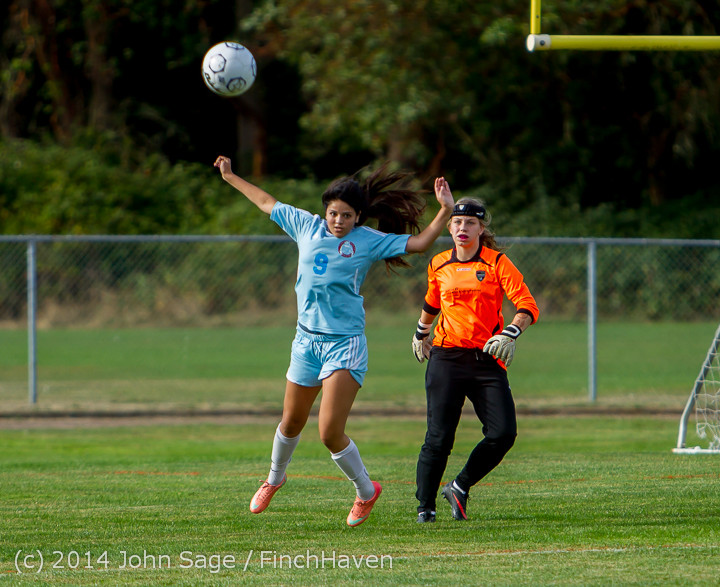 1842_Girls_Varsity_Soccer_v_Chief-Sealth_092214