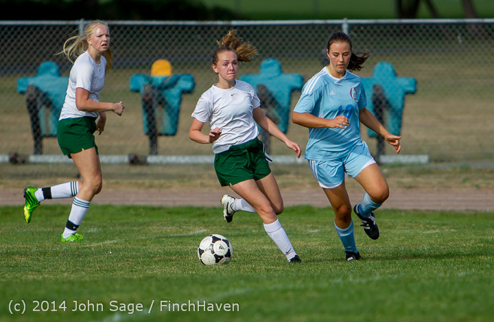2063 Girls Varsity Soccer v Chief-Sealth 092214