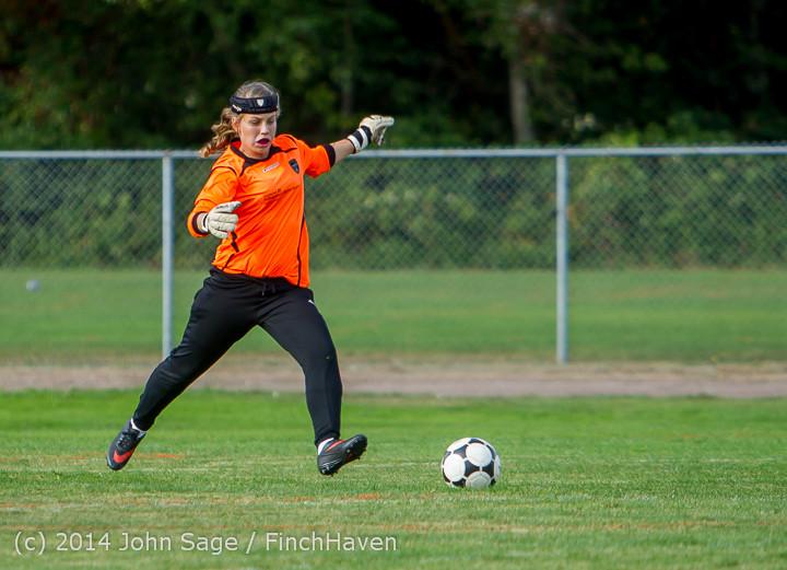 2085 Girls Varsity Soccer v Chief-Sealth 092214