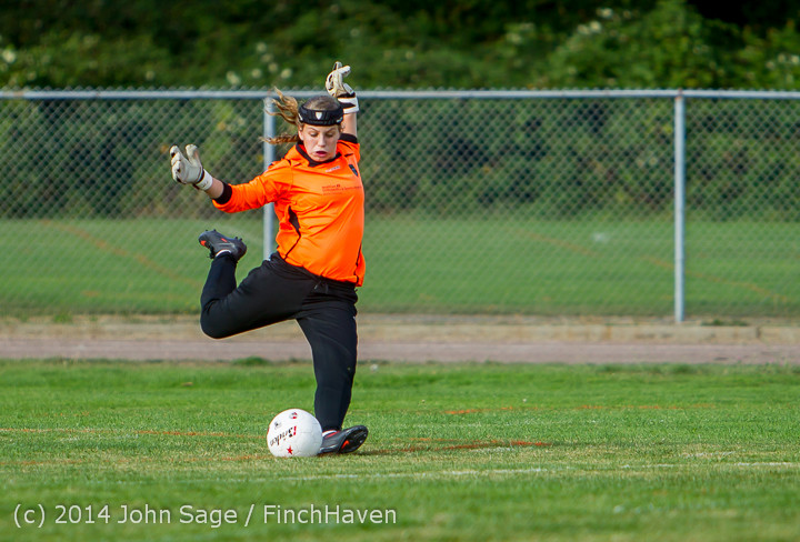 2117 Girls Varsity Soccer v Chief-Sealth 092214