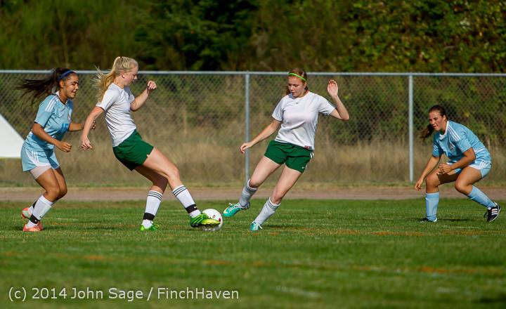 2137 Girls Varsity Soccer v Chief-Sealth 092214