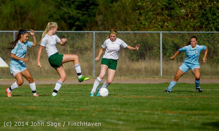 2139 Girls Varsity Soccer v Chief-Sealth 092214