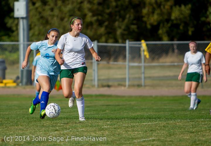 2258 Girls Varsity Soccer v Chief-Sealth 092214