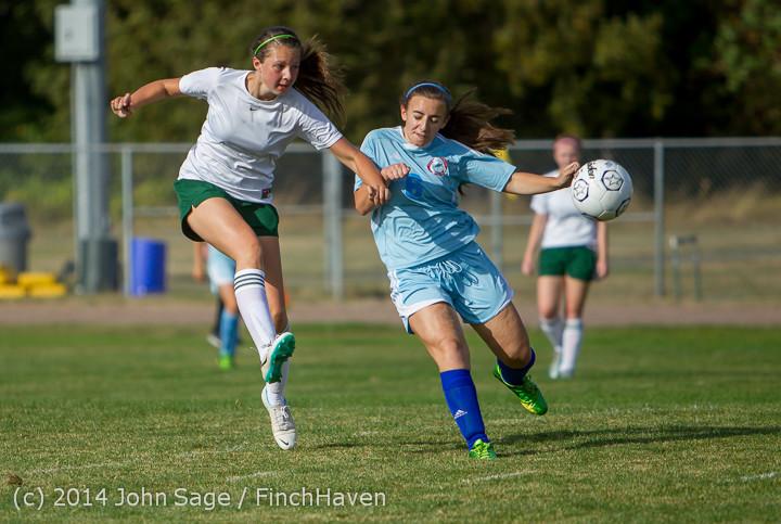 2264 Girls Varsity Soccer v Chief-Sealth 092214