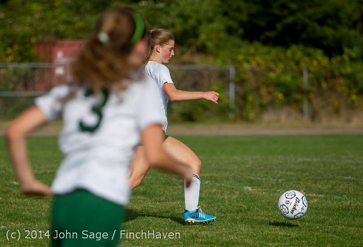 2267 Girls Varsity Soccer v Chief-Sealth 092214
