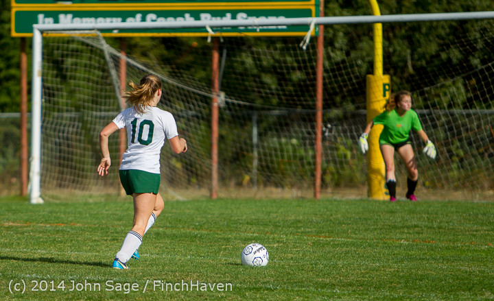 2284 Girls Varsity Soccer v Chief-Sealth 092214