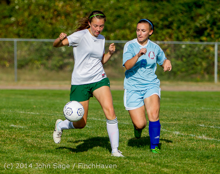 2315 Girls Varsity Soccer v Chief-Sealth 092214