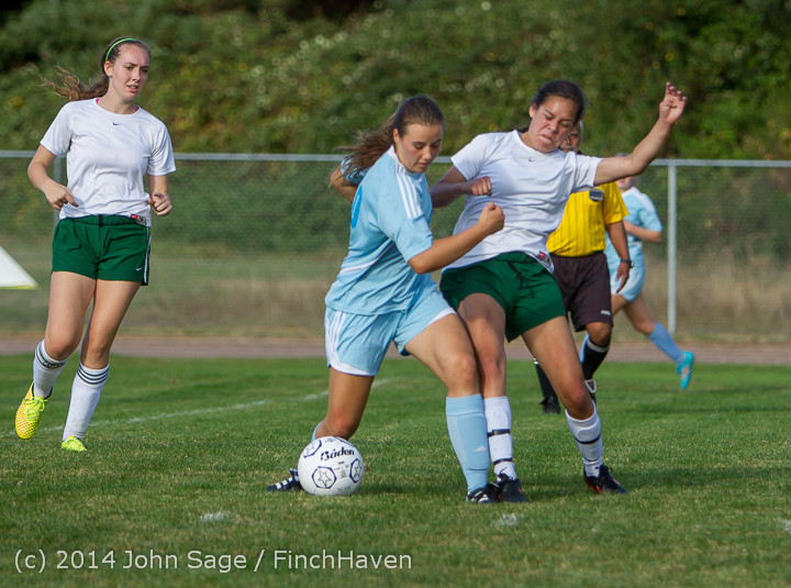 2408 Girls Varsity Soccer v Chief-Sealth 092214