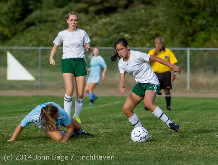 2416 Girls Varsity Soccer v Chief-Sealth 092214