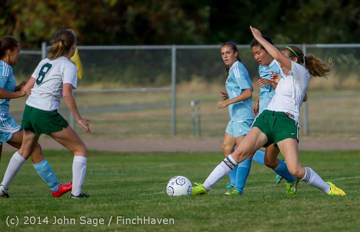 2477 Girls Varsity Soccer v Chief-Sealth 092214