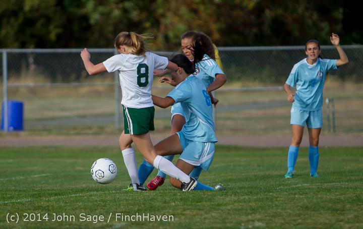 2483 Girls Varsity Soccer v Chief-Sealth 092214