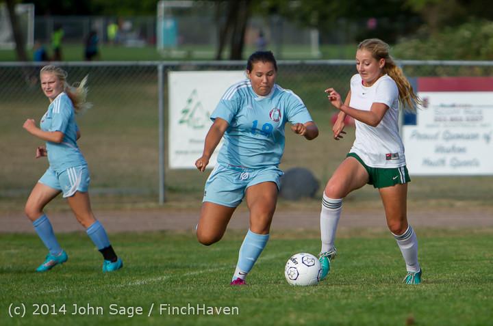 2669 Girls Varsity Soccer v Chief-Sealth 092214