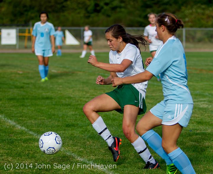 2714 Girls Varsity Soccer v Chief-Sealth 092214