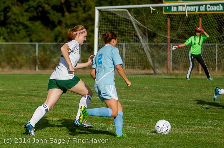 2745 Girls Varsity Soccer v Chief-Sealth 092214