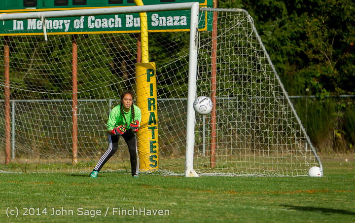 2752 Girls Varsity Soccer v Chief-Sealth 092214